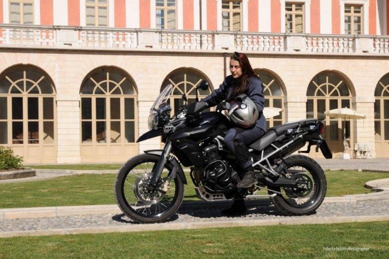 Miriam Orlandi sulla nuova Triumph Tiger XC 800