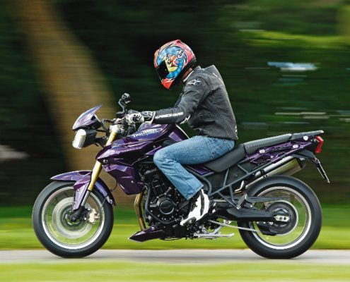 Triumph Tiger 800 Supermoto