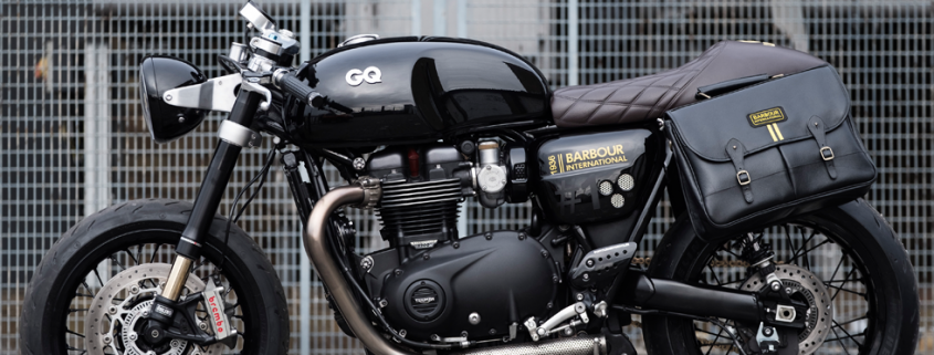 La Triumph Thruxton 1200 by Barbour International e British GQ vista di lato