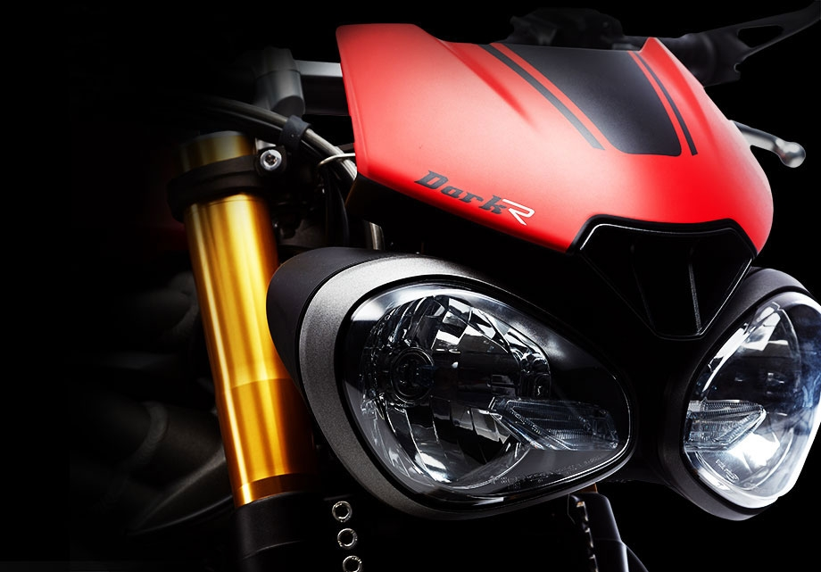 Speed Triple R Dark Edition